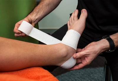sports-taping-courses-physiotherapy-taping-kinesiology-taping