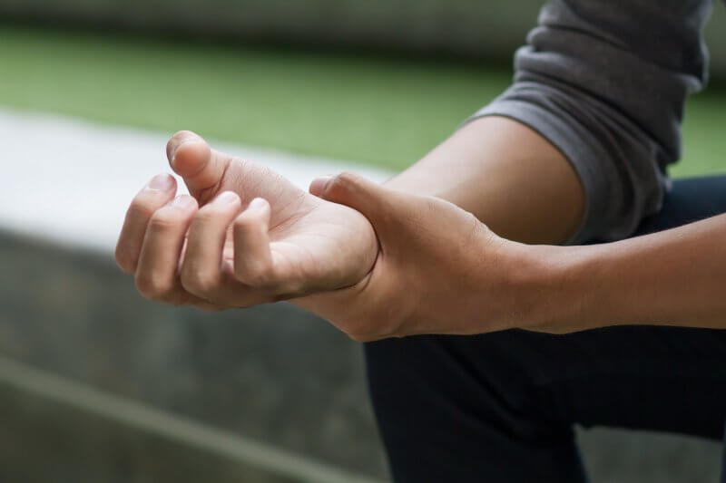physiotherapy-for-wrist-tendonitis